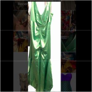 Laura Plus Green Silky Dress